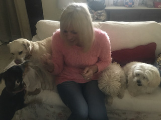 linda with dogs
