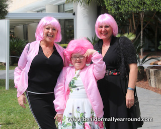 3 pink wigs