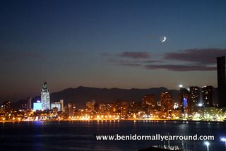 Nightview of Poniente