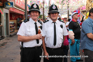 briitsh bobbies in the English square