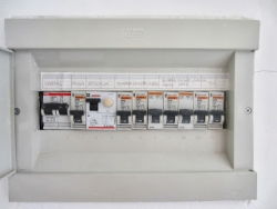 2779687070.6741920012522306871401627162 electricity prices in spain set to rise benidorm all year round fuse box in spanish at gsmx.co